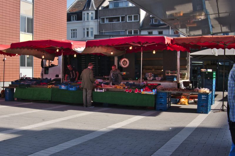 Veggie & fruit stall